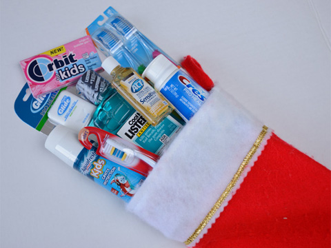 5 Ways to Keep Your Smile Bright This Holiday Season